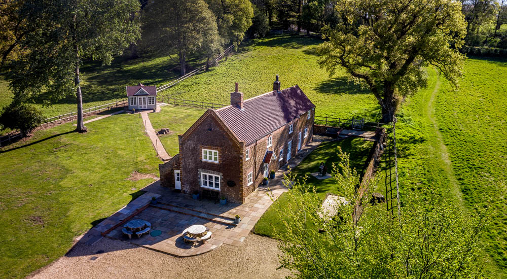 Luxury north Norfolk self catering holiday cottage for 8